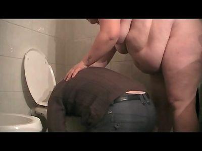 Bbw Pamela's Toilet Slave