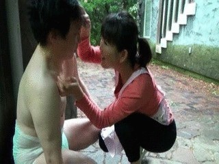 Housewife Punishes Husband By Pissing On His Face