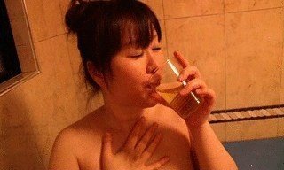 Sweetheart Devouring Fresh Poop