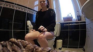 Toilet Fetish 2