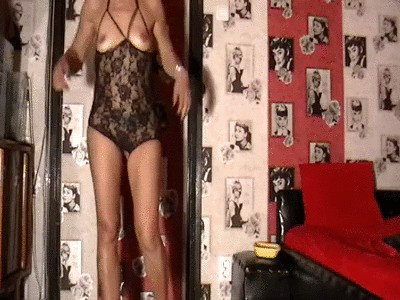 Mistress Anita – Black Catsuit Teasing Before Shitting