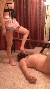 Mistress Annalise – Toilet Session From Two Mistresses