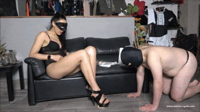 Mistress Gaia – Pastries For My Slave