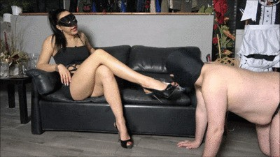 Mistress Gaia – A Disgusting Meal For My Slave