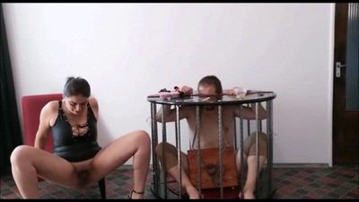 Mistress Roberta – Teasing And Muffin Shit In Cage
