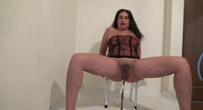 Mistress Roberta Tasty Seeds Shit For Breakfast