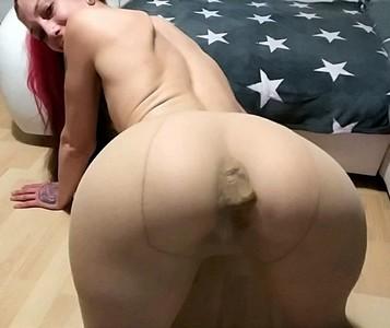 Shit In Nylon Pantyhose