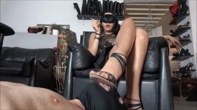 Mistress Gaia – A Clumsy Toilet Slave